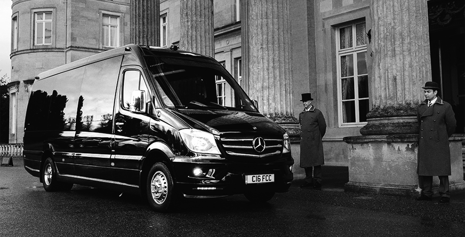 LUXURY COACH SERVICES FOR MANAGEMENT TEAMS AND AIR CREW